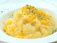 Scrambled-Eggs-made-with-Hokkaido-Milk-sapporo-prince-hotel